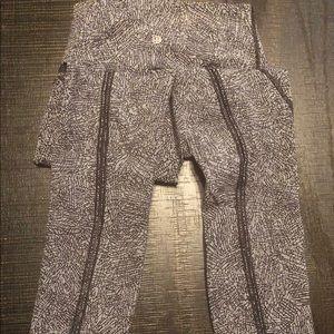 Lululemon Black/white print mesh Capri pants